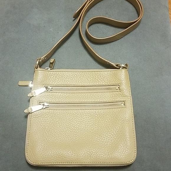 0828f11144 Cole Haan Handbags - Authentic Cole Haan crossbody bag. Like new!